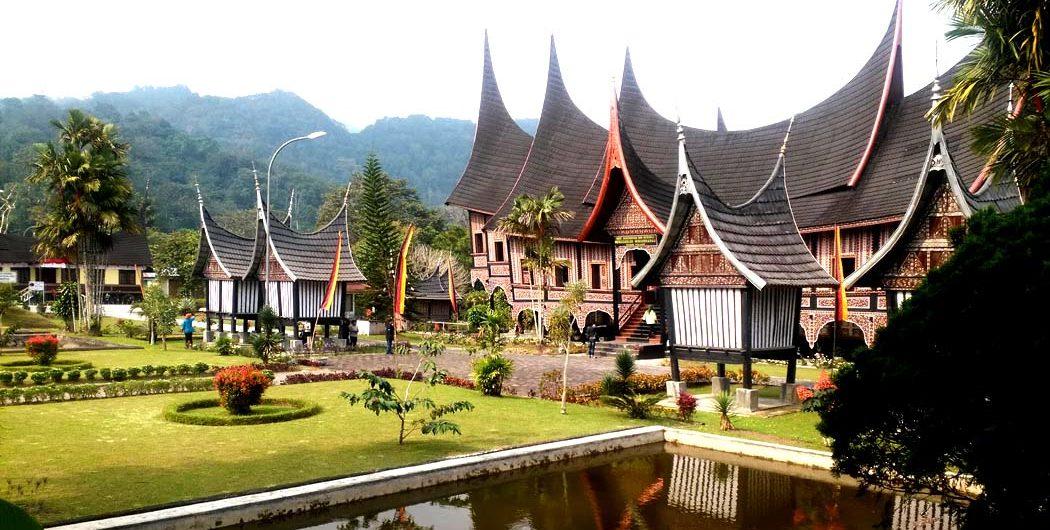 Foto Wisata Murah di Padang Pesona Indonesua Foto Trip 3