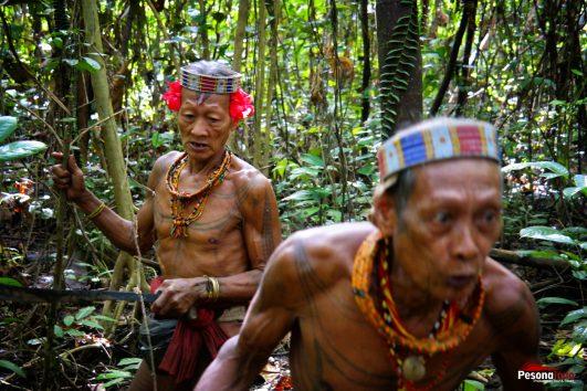 Suku Mentawai