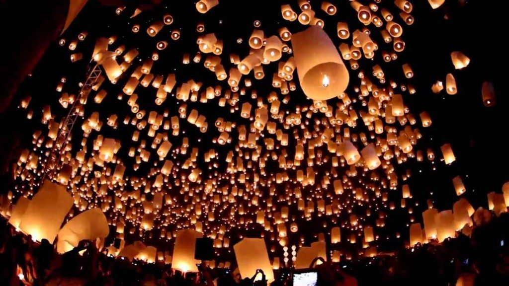 Paket-Wisata-1000-Lampion-Waisak-Candi-Borobudur-Pesona-Indonesia-Foto-Trip-5-1024x576