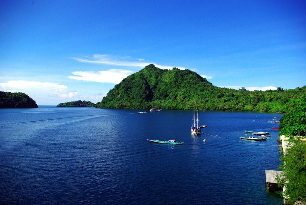 Paket Wisata Banda Neira Pesona Indonesia