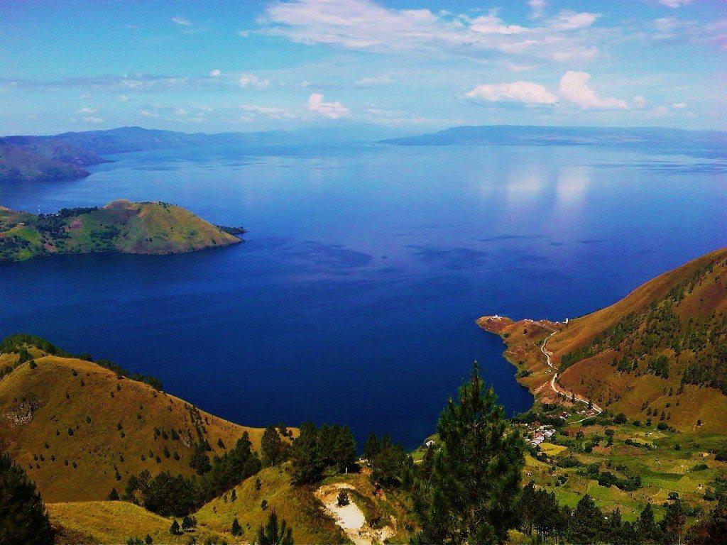 Paket Wisata Danau Toba Sumatera Utara - Lake Toba