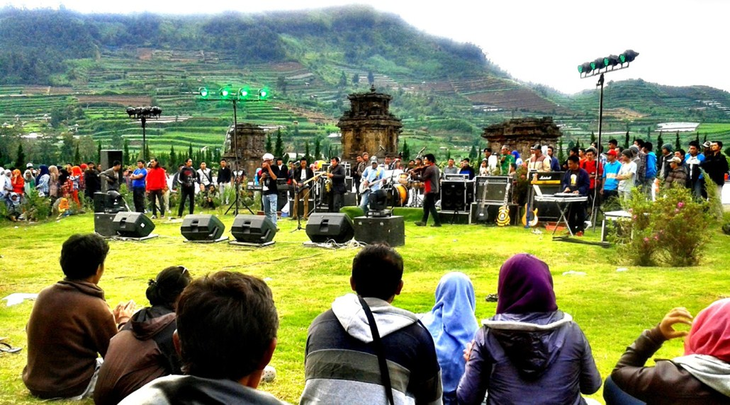 Photo Tour Dieng Culture Festival Jawa Tengah Pesona Indonesia