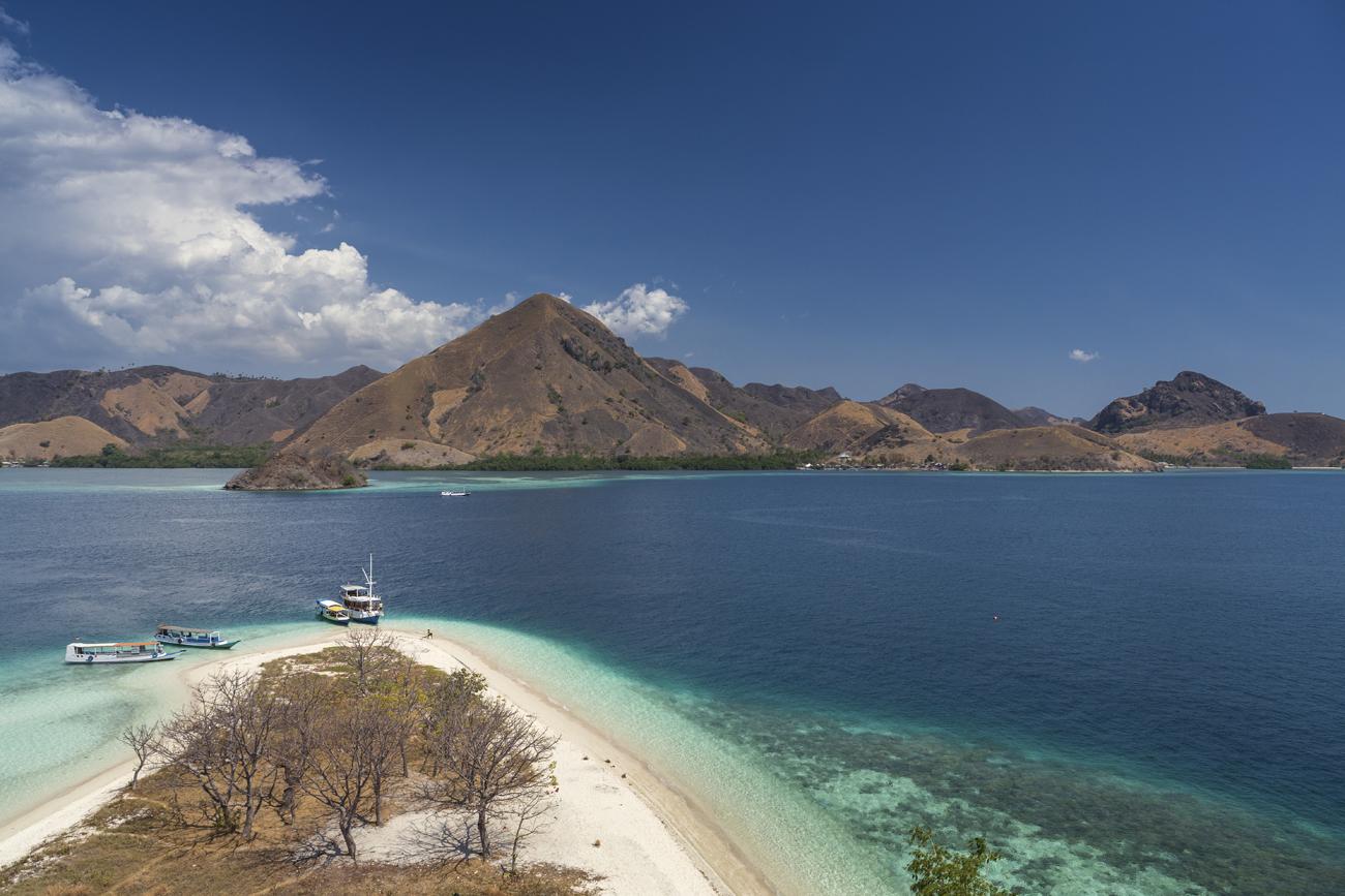 Sailing Komodo Overland Flores Pesona Indonesia Paket Liburan Di Nusa Lembungan Dan Tour Ke Penida Yg Eksotik 2 Hari 1 Malam Wisata Pulau