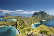 Pulau Padar tour wisata komodo flores murah