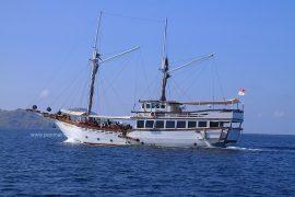 paket wisata sailing trip lombok