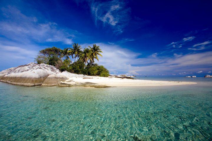 Paket wisata Pulau Natuna