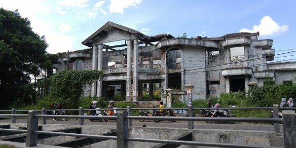 Tempat-Angker-di-Surabaya-Ini-Dijamin-Buat-Bulu-Kuduk-Merinding